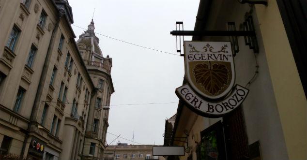 Egervin, Debrecen