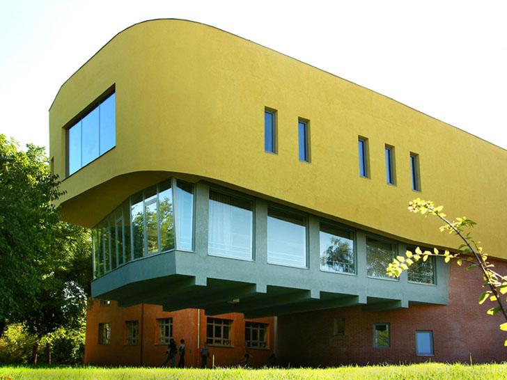Általános iskola, Pécel, 2002